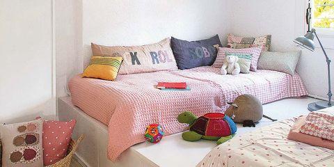 Una habitaci n para dos con las camas en alto - Cama en alto ...