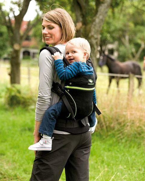 Human, Mammal, People in nature, Child, Interaction, Baby carrier, Comfort, Horse, Working animal, Love,