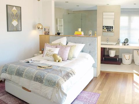 Room, Floor, Interior design, Bed, Wood, Property, Flooring, Bedding, Textile, Bedroom,