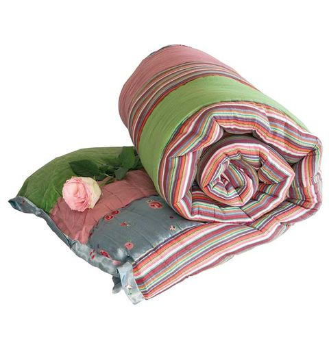 Textile, Costume accessory, Linens, Maroon, Cushion, Throw pillow, Blanket,