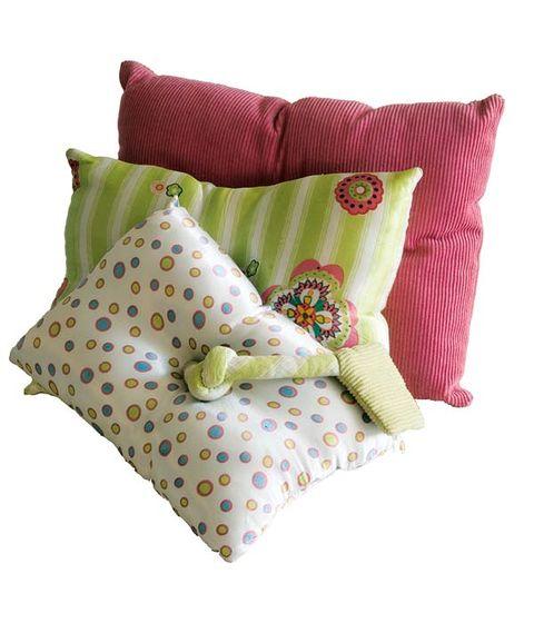 Throw pillow, Textile, Pillow, Cushion, Linens, Pink, Pattern, Home accessories, Bedding, Aqua,