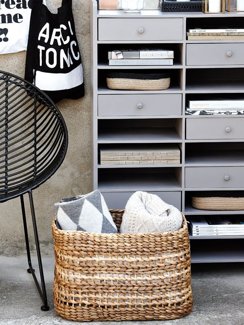 Basket, Wicker, Storage basket, Home accessories, Outdoor furniture, Silver, Picnic basket, Output device,