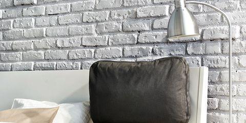 Room, Wall, Textile, Interior design, Bedding, Linens, Furniture, Lamp, Bed sheet, Bedroom,
