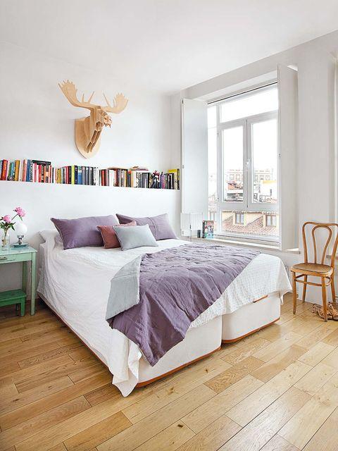 Wood, Floor, Interior design, Room, Green, Flooring, Property, Textile, Furniture, Wall,