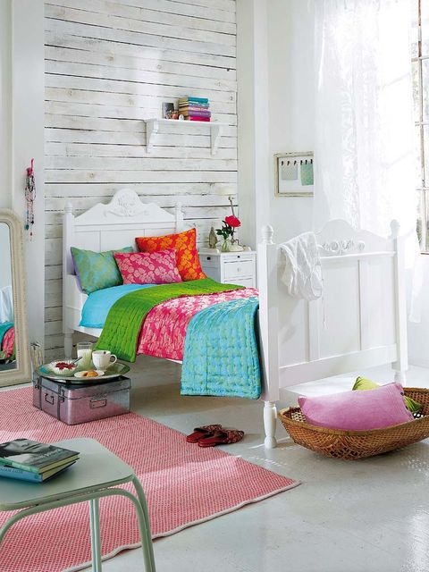 Green, Interior design, Room, Textile, Home, Wall, Furniture, Pink, Teal, Floor,
