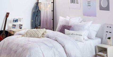 Dormitorio en color lavanda