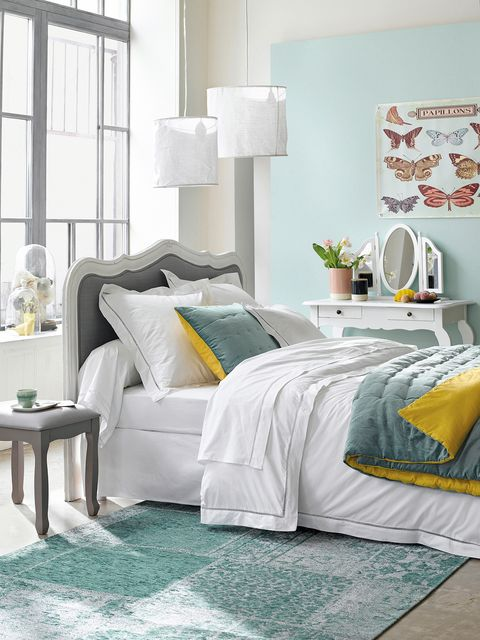 Room, Green, Interior design, Textile, Floor, Wall, Home, Bed, Linens, Furniture,