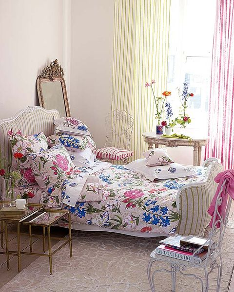 Interior design, Room, Textile, Furniture, Pink, Linens, Interior design, Window covering, Home, Window treatment,