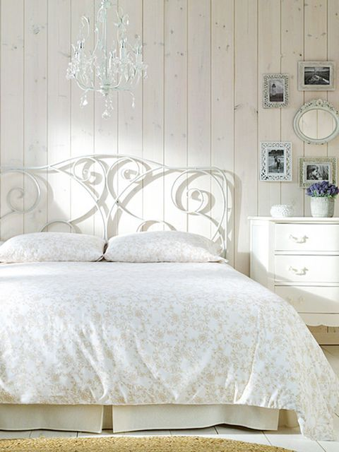 Bed, Room, Interior design, Bedding, Bedroom, Textile, Wall, Furniture, Bed sheet, Linens,