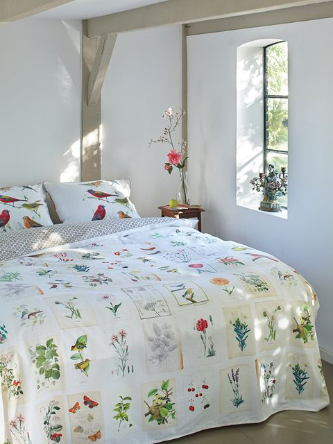 Bed, Room, Green, Interior design, Bedding, Property, Bedroom, Bed sheet, Textile, Wall,