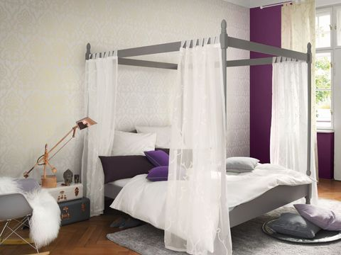 Room, Wood, Interior design, Floor, Bed, Textile, Flooring, Bedding, Linens, Bed frame,