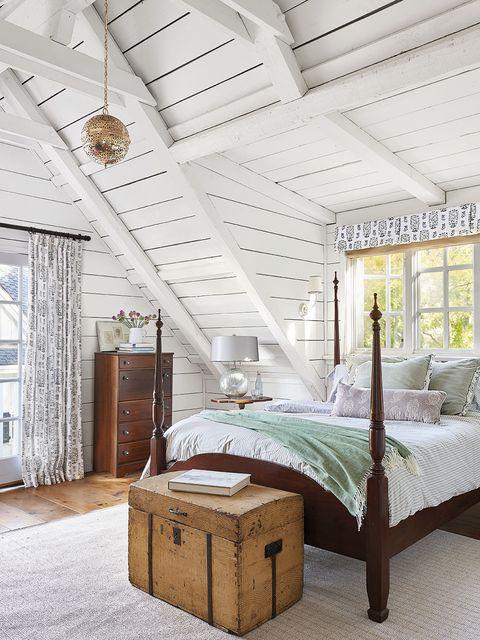 Bedroom, Furniture, Bed, Room, Bed frame, Interior design, Bedding, Property, Ceiling, Canopy bed,