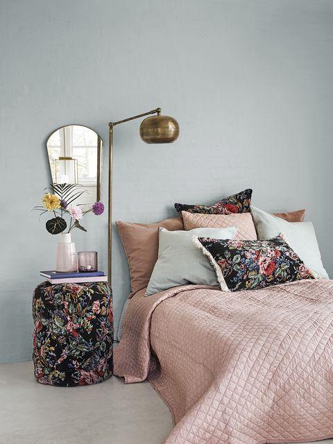 Bedroom, Furniture, Bed, Room, Bed sheet, Bedding, Interior design, Wall, Nightstand, Design,