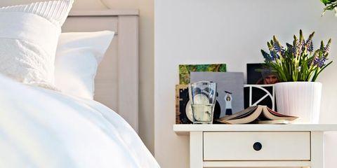Flowerpot, Room, Interior design, Shelving, Linens, Houseplant, Interior design, Shelf, Bedding, Home accessories,
