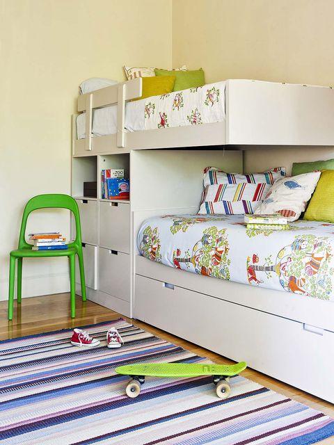 Room, Interior design, Textile, Linens, Bedroom, Bedding, Bed sheet, Home, Bed, Shelving,