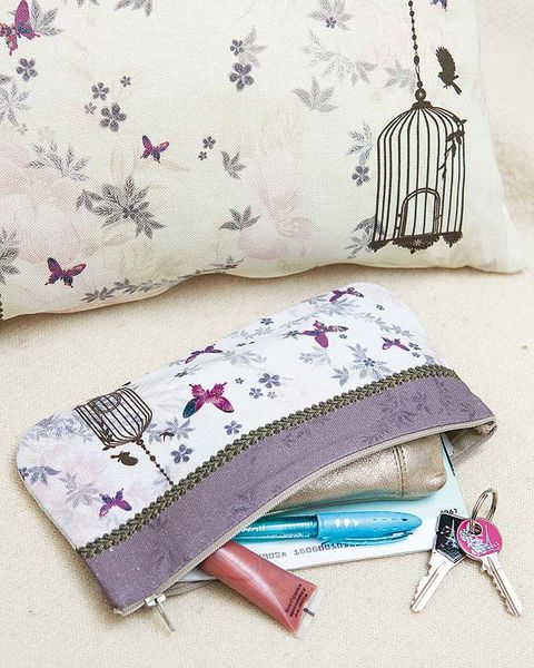 Textile, Purple, Pink, Linens, Cushion, Violet, Magenta, Home accessories, Bedding, Creative arts,
