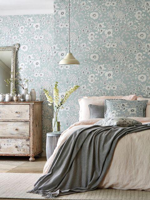 Bedroom, Bed, Furniture, White, Room, Wall, Bed sheet, Bed frame, Bedding, Interior design,