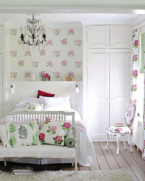 Lamparas Para El Dormitorio Estilo Clasico O Muy Femenino - Lmparas-dormitorio