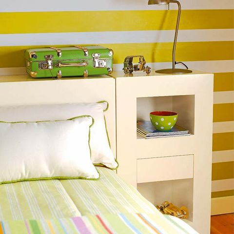 Green, Yellow, Room, Textile, Wall, Bed, Bedding, Linens, Bedroom, Bed sheet,