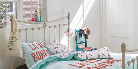 Bed, Room, Green, Product, Bedding, Interior design, Bedroom, Textile, Bed sheet, Wall,