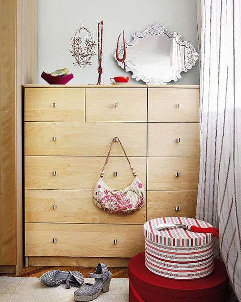 Wood, Chest of drawers, Drawer, Room, White, Cabinetry, Furniture, Wall, Interior design, Dresser,