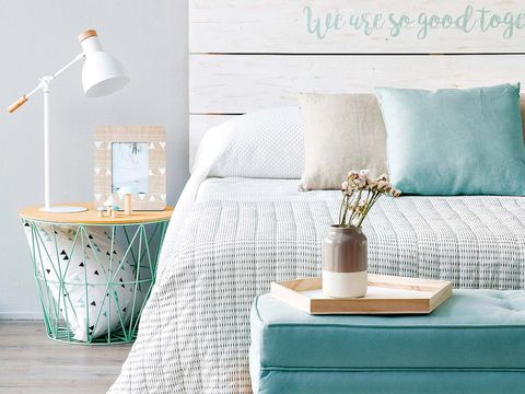 Room, Wall, Interior design, Textile, Linens, Turquoise, Teal, Interior design, Pillow, Aqua,