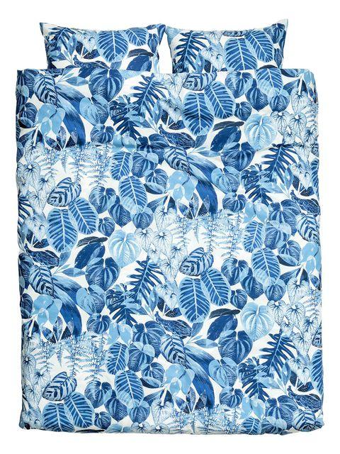 Blue, Textile, Pattern, Aqua, Linens, Electric blue, Home accessories, Cobalt blue, Teal, Cushion,