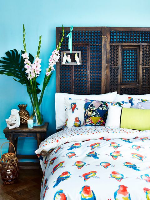 Blue, Room, Textile, Aqua, Turquoise, Interior design, Linens, Bedding, Teal, Bouquet,