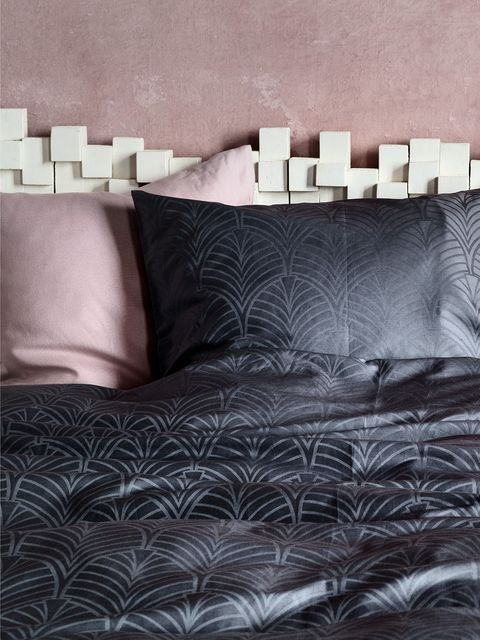 Brown, Interior design, Textile, Room, Wall, Couch, Style, Living room, Pillow, Black,