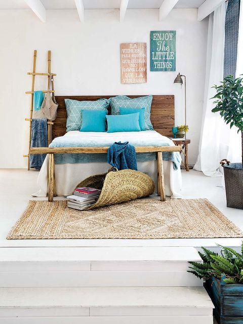Blue, Flowerpot, Green, Room, Interior design, Textile, Wall, Pillow, Teal, Linens,