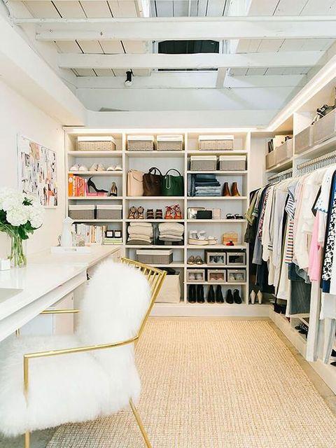 Room, Interior design, Building, Furniture, Shelf, Ceiling, Closet, Home, Shelving, Floor,