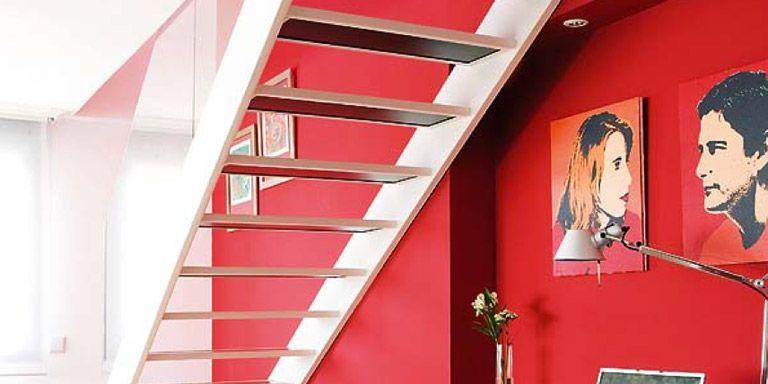 Ideas para aprovechar el espacio bajo la escalera for Soluciones bajo escalera