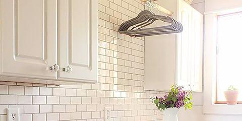 Room, Interior design, Table, Wall, Ceiling, Interior design, Flooring, Fixture, Light fixture, Home,
