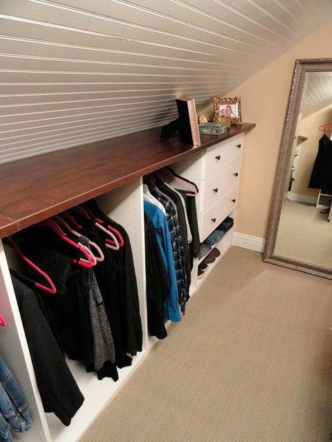 Room, Closet, Property, Furniture, Shelf, Interior design, Ceiling, Building, Floor, Shelving,