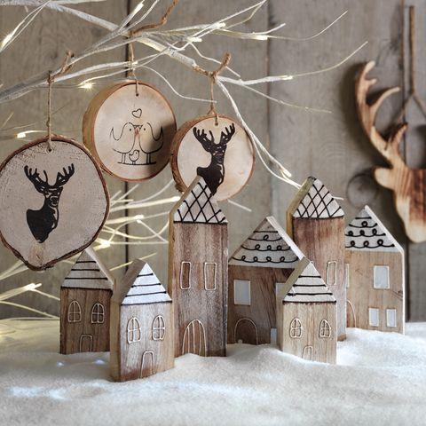 Winter, Art, Snow, Creative arts, Ornament, Freezing, Natural material, Visual arts, Illustration, Horn,
