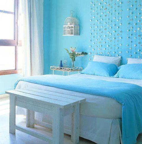 Blue, Room, Interior design, Green, Property, Textile, Wall, Furniture, Teal, Linens,
