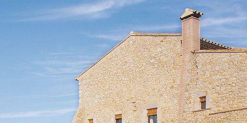 Flowerpot, Property, House, Building, Real estate, Garden, Water feature, Door, Roof, Cottage,