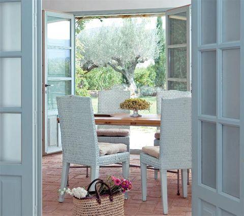 Room, Interior design, Floor, Glass, Table, Furniture, Flooring, Flowerpot, Home, House,