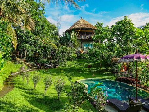 Nature, Natural landscape, Vegetation, Property, House, Botany, Architecture, Building, Resort, Hill station,