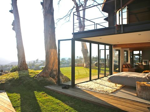 House, Trunk, Shade, Daylighting, Home, Eco hotel, Cottage, Landscaping,