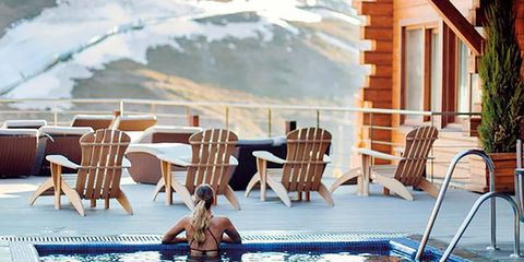 Swimming pool, Leisure, Sunlounger, Resort, Outdoor furniture, Vacation, Home, House, Building, Furniture,