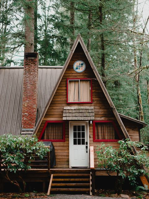 House, Property, Home, Building, Tree, Cottage, Siding, Wood, Architecture, Real estate,