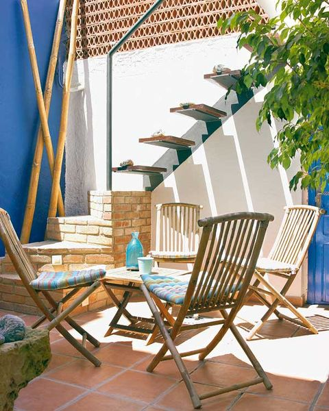 Furniture, Outdoor furniture, Comfort, Teal, Turquoise, Chair, Aqua, Shade, Armrest, Outdoor table,