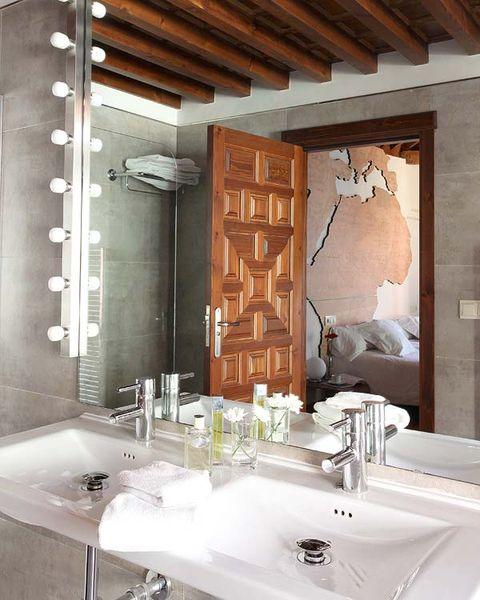 Plumbing fixture, Bathroom sink, Wood, Architecture, Property, Room, Interior design, Tap, Wall, Ceiling,