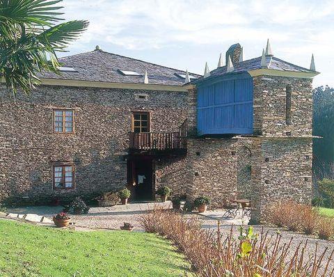 Window, House, Roof, Brick, Land lot, Residential area, Door, Rural area, Home, Brickwork,