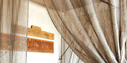 Bed, Room, Interior design, Property, Textile, Bedding, Bedroom, Linens, Wall, Bed sheet,