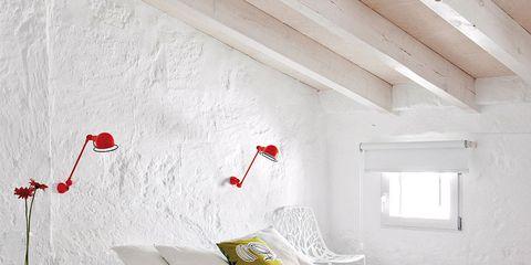 Wood, Room, Interior design, Floor, Bed, Property, Wall, Textile, Bedding, Bedroom,