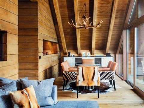 Room, Interior design, Property, Furniture, Wood, Living room, Ceiling, House, Home, Building,