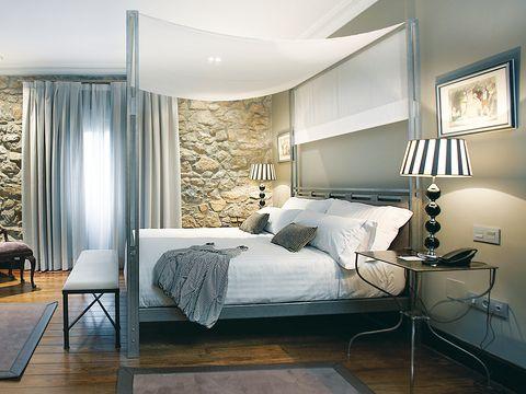 Room, Lighting, Interior design, Floor, Bed, Wood, Flooring, Property, Textile, Wall,