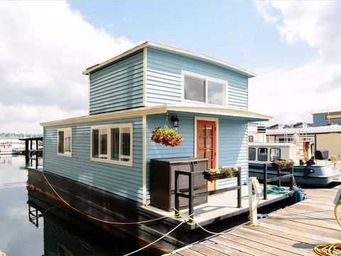 Home, House, Property, Building, Architecture, Water transportation, Siding, Transport, Real estate, Waterway,